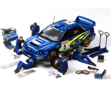 1:24 Figuren-Set Rally Mechan