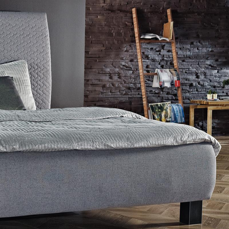 BED BOX | 2010 | Polsterbett im Boxspring-Look