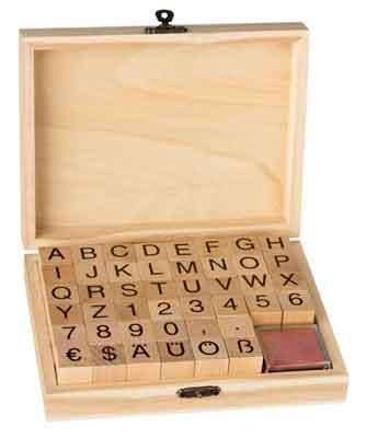 46911 - ABC Stempel-Set - Groß-Buchstaben - 44-teilig je ~2x2 cm + 2 Stempelkissen -
