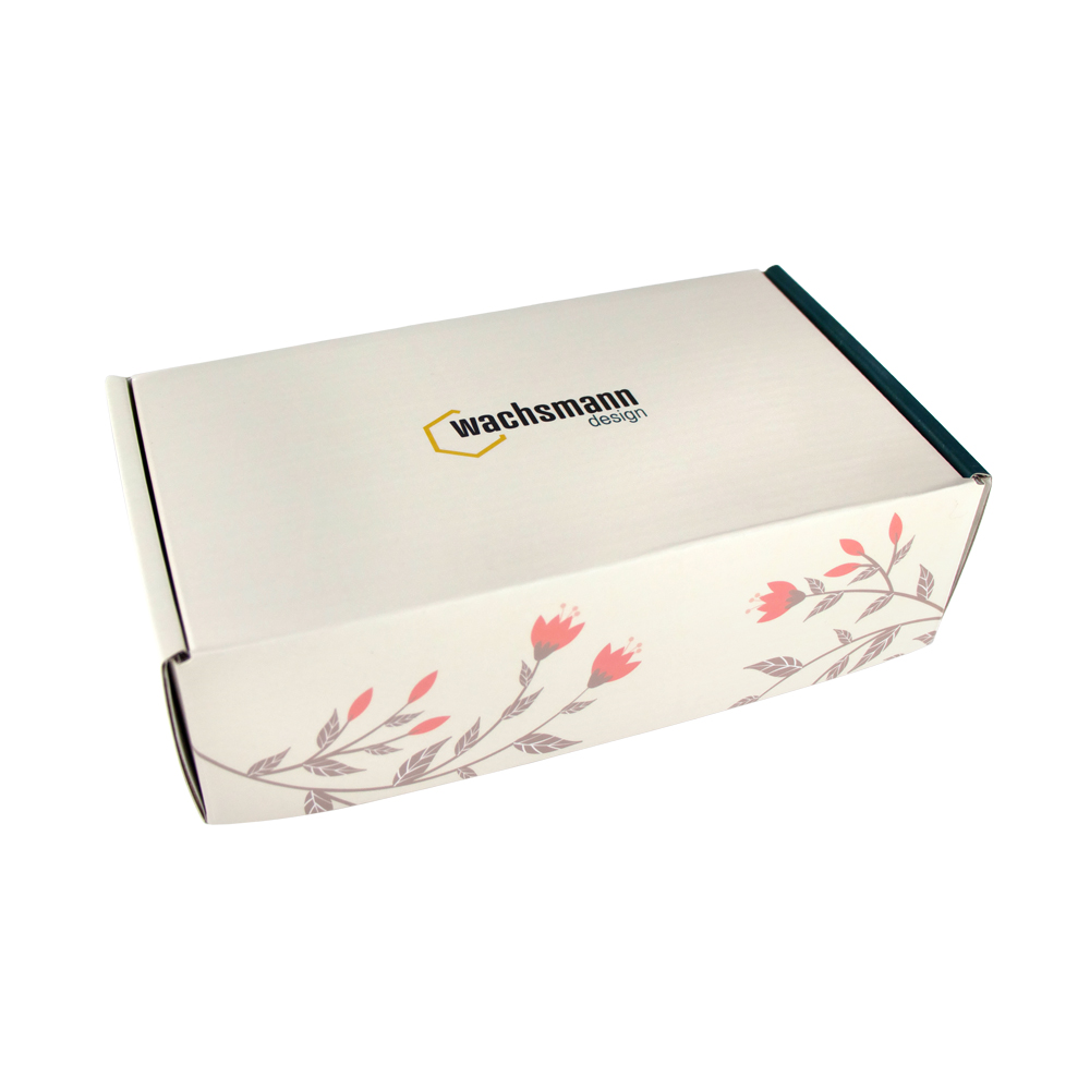Papptiegel mit Geschenkverpackung