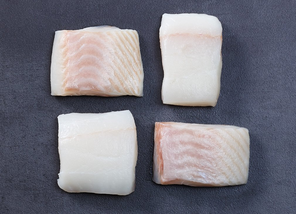 Fresh white halibutfilet