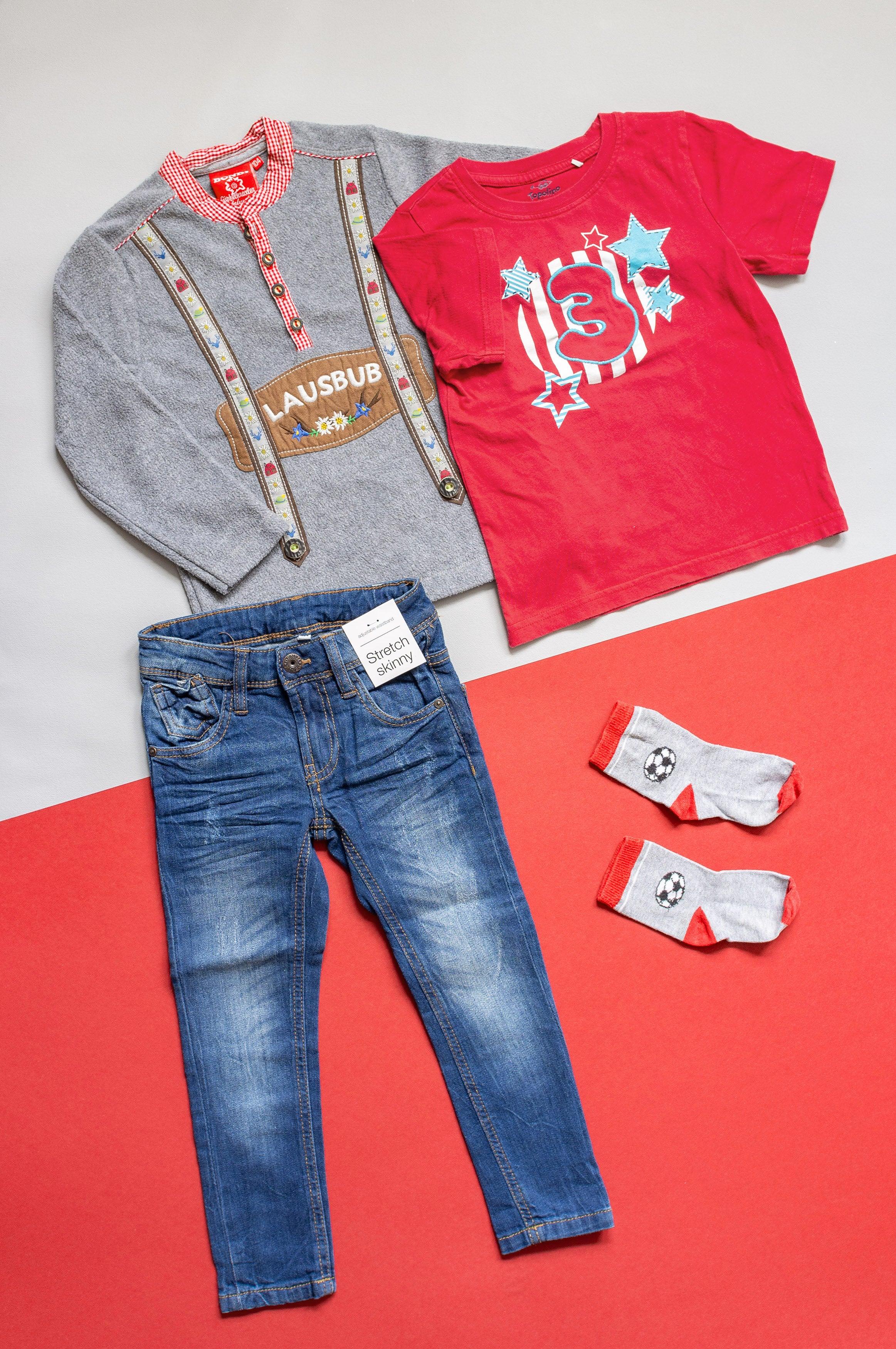 Outfit Gr. 104 für Jungen - 4 Teile - Tracht